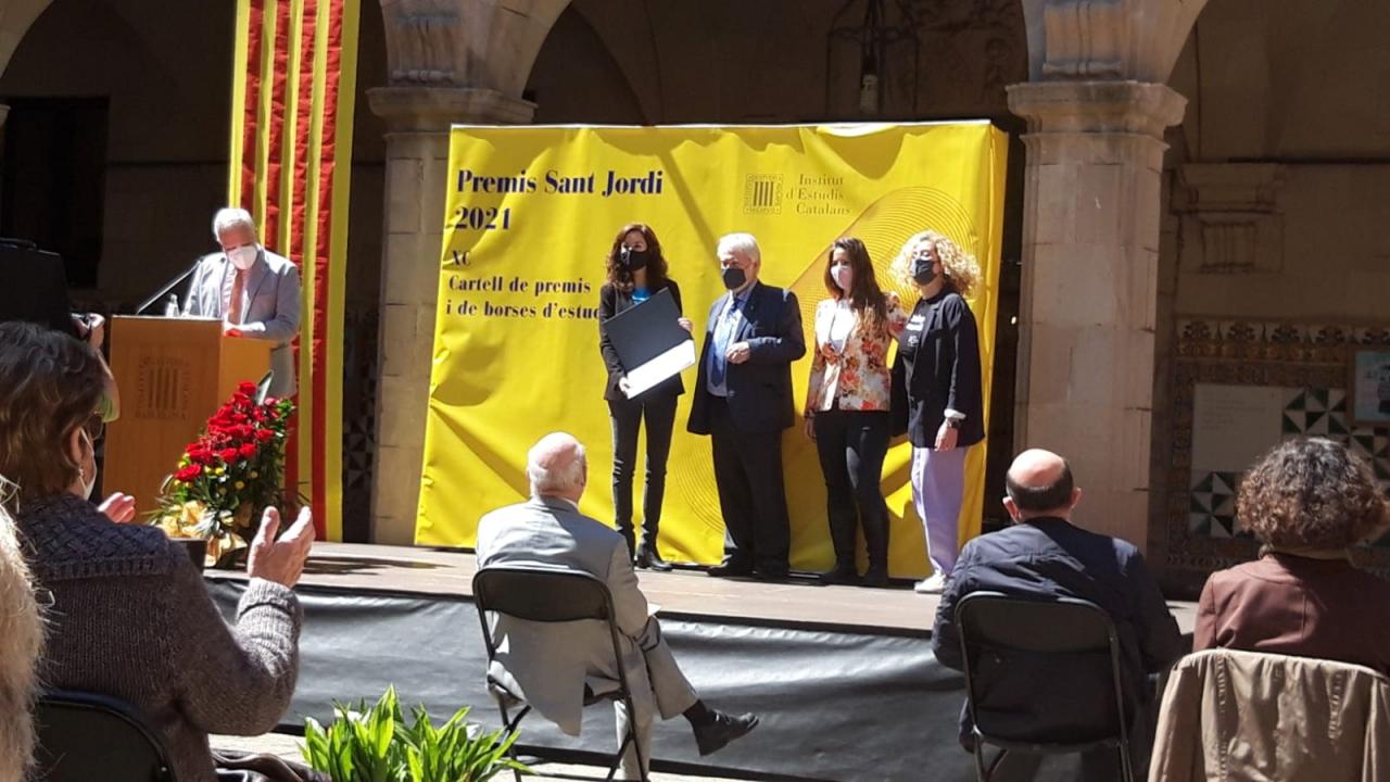 ENGINY-era ha rebut el Premi CREU CASAS Dones per canviar el món de l'Institut d'Estudis Catalans