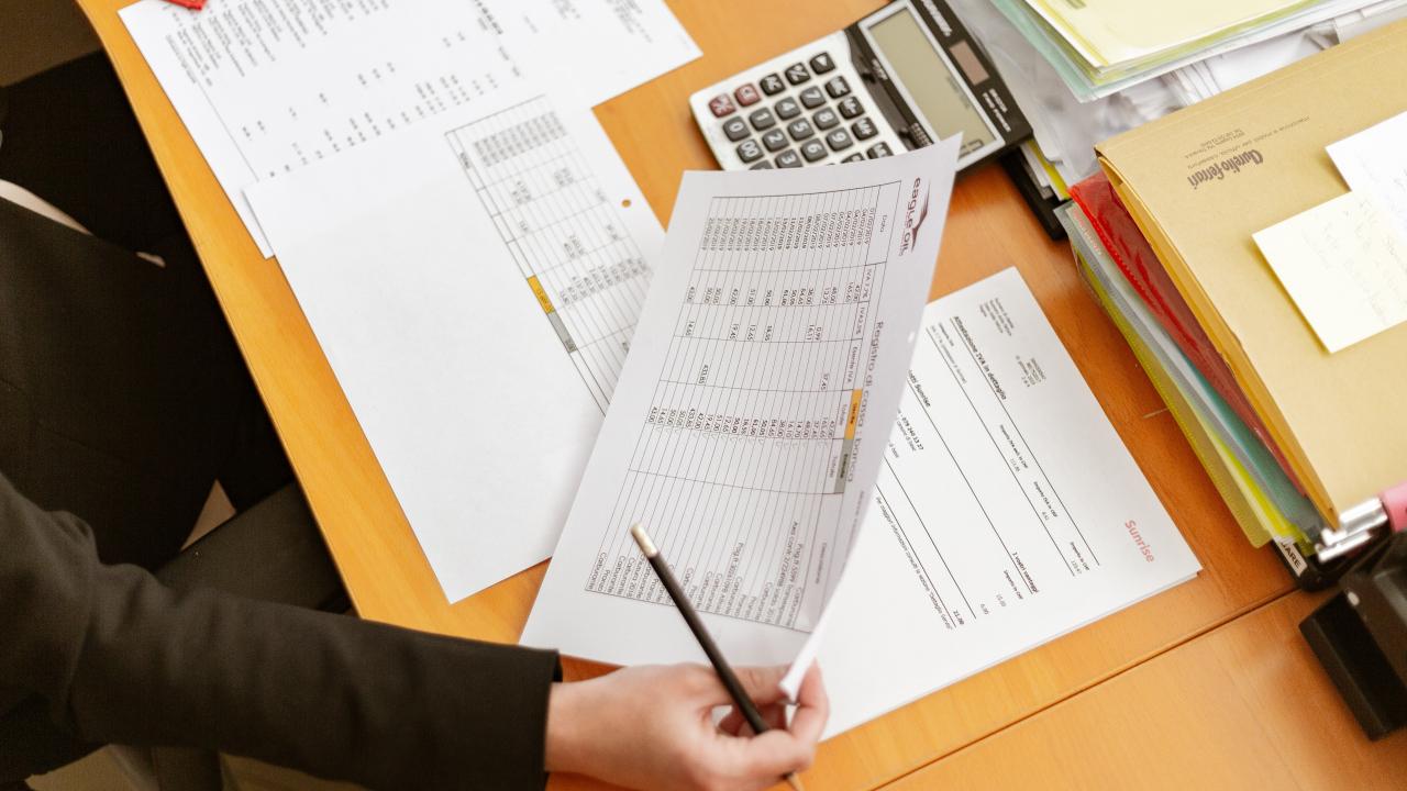 Ets una professional comptable i/o experta en finances? T'estem buscant!