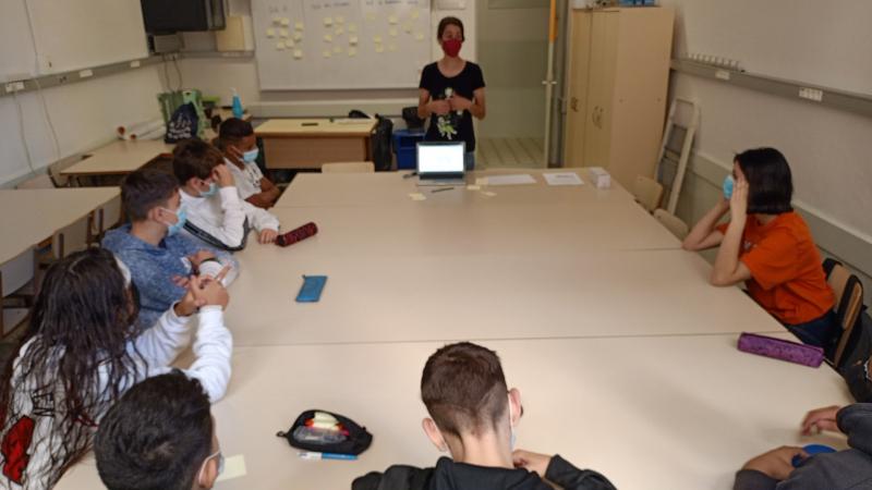 """Ja hem iniciat el programa educatiu """"Descobrim les STEAM"""" dins del programa ENGINY del Consorci d'Educació de Barcelona"""