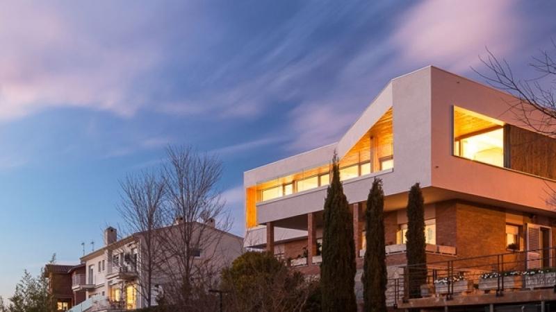 Remonta y ampliación de una casa en Girona