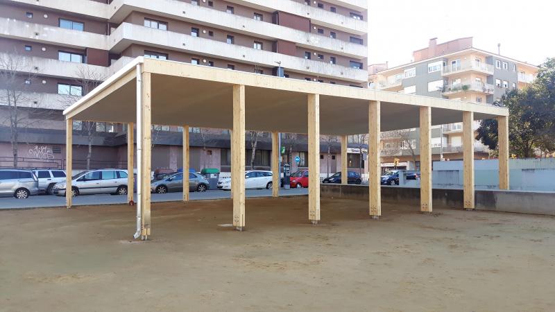 Acabat el cobert de la plaça Miquel de Palol de Girona!