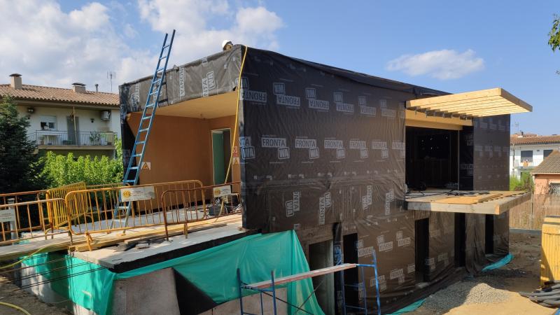 Instal·lació de làmina protectora de façana