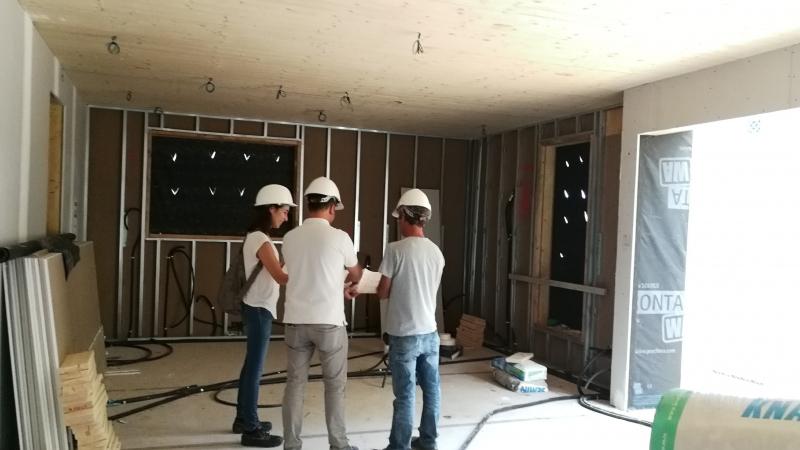 Disposem d'un gran equip de professionals per dissenyar i #construir #casa teva / Disponemos de un gran equipo de profesionales para disenyar y construir tu #casa