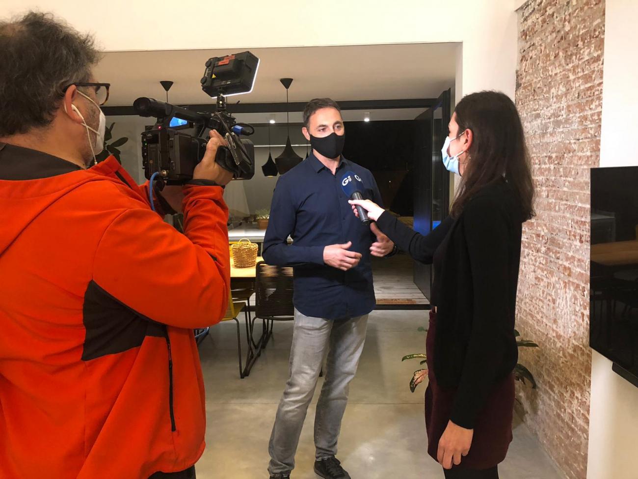 Avui ens han fet reportatge en directe al programa Connecti.cat de les TV locals de Catalunya