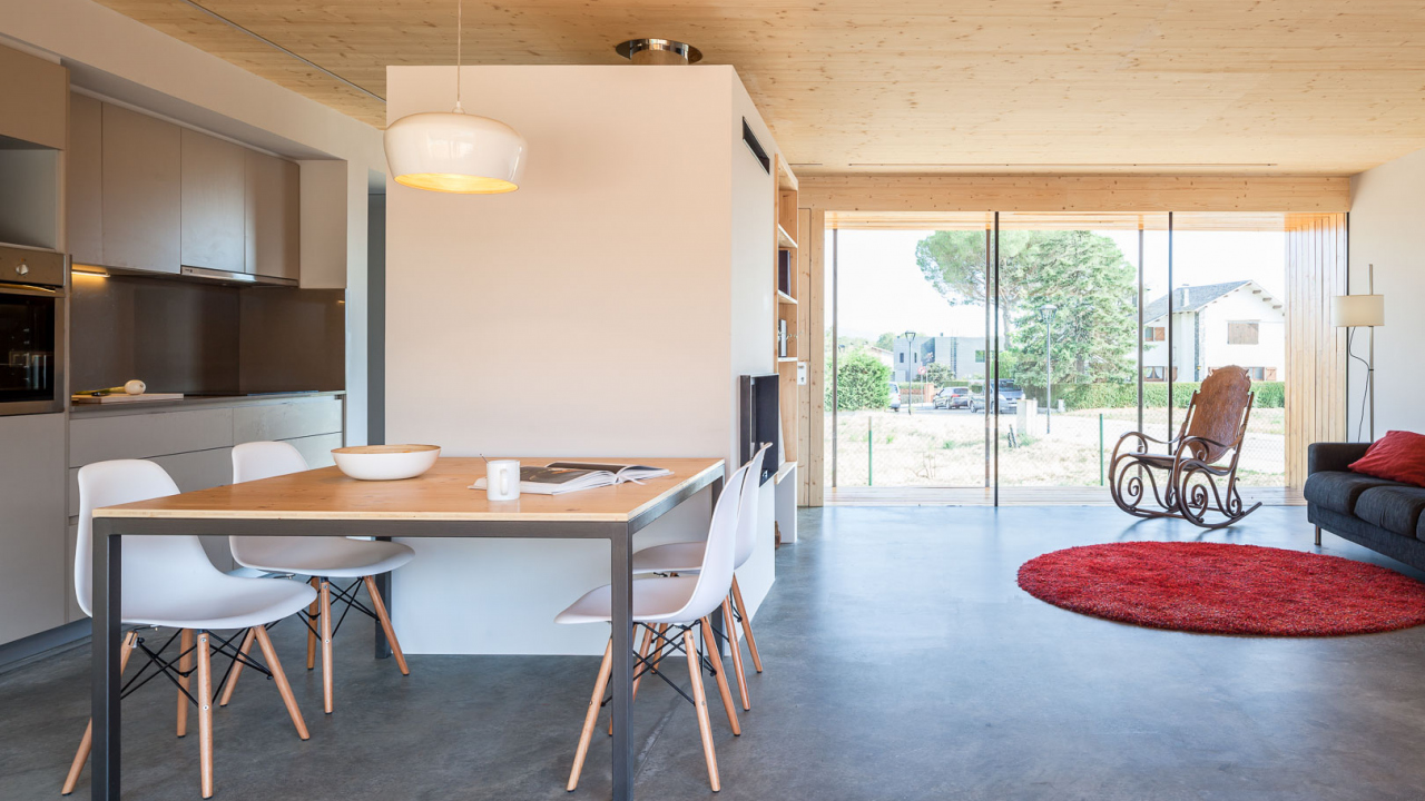 Habitatge prefabricat semi modular al Montseny